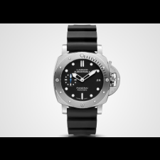 Panerai Submersible PAM00682 Replica Automatic Watch 42MM